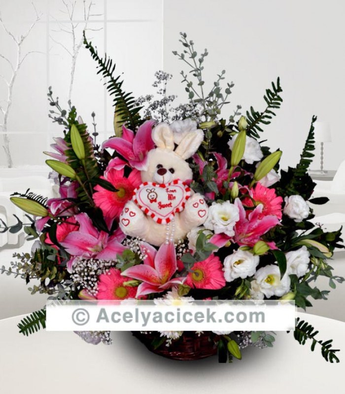 Sepette Tavşanlı Pembe Aranjman