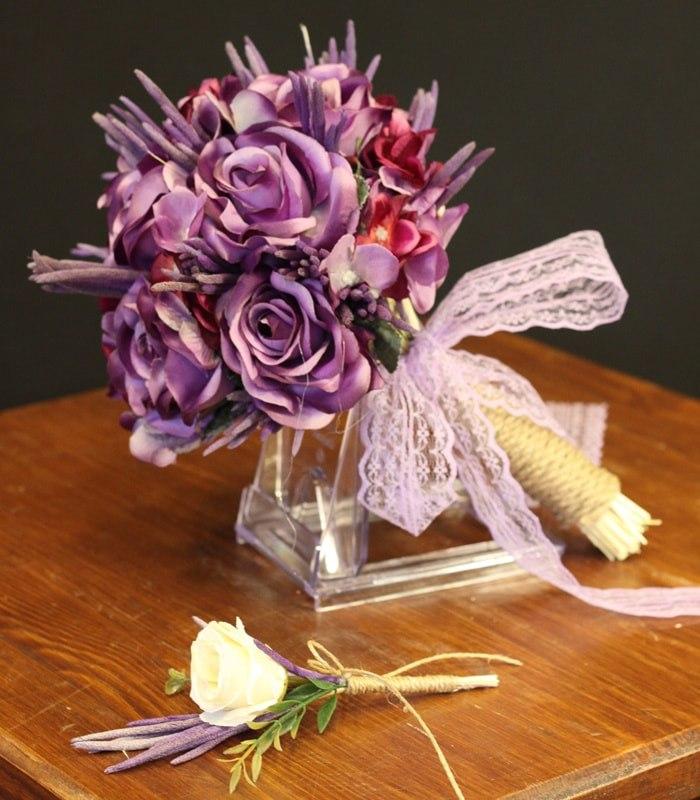 Mor Gül Gelin Çiçeği