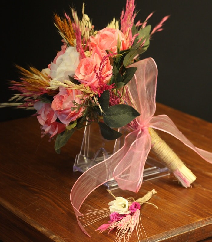 Beyaz Ortanca Pembe Gül Gelin Çiçeği