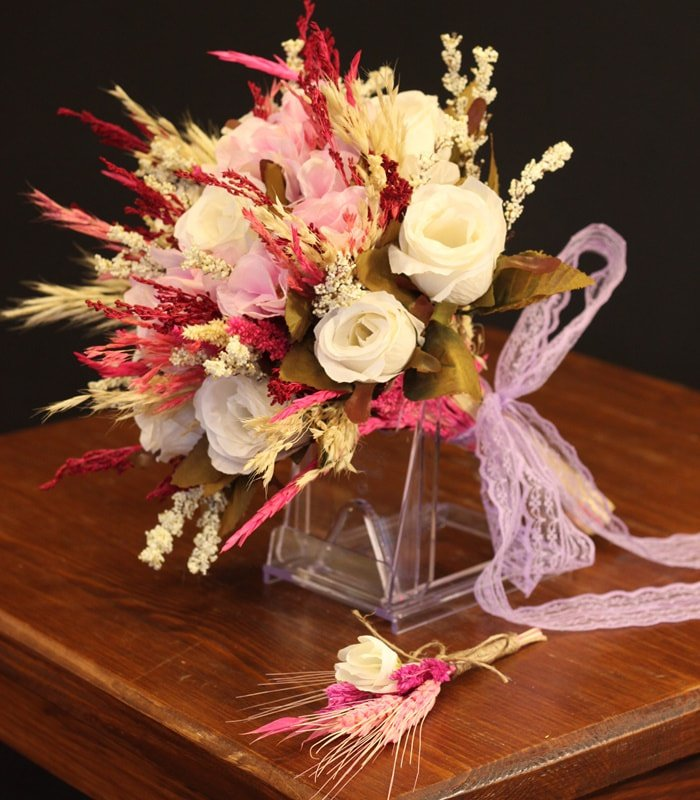 Bursa Gelin Çiçeği Buketi